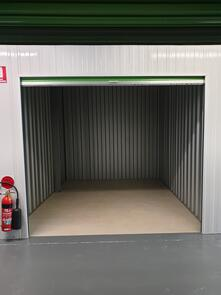 3m x 3m Storage Unit   ------  Please call to confirm availability