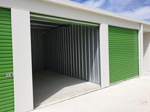 3m x 6m Storage Unit   ------  Please call to confirm availability