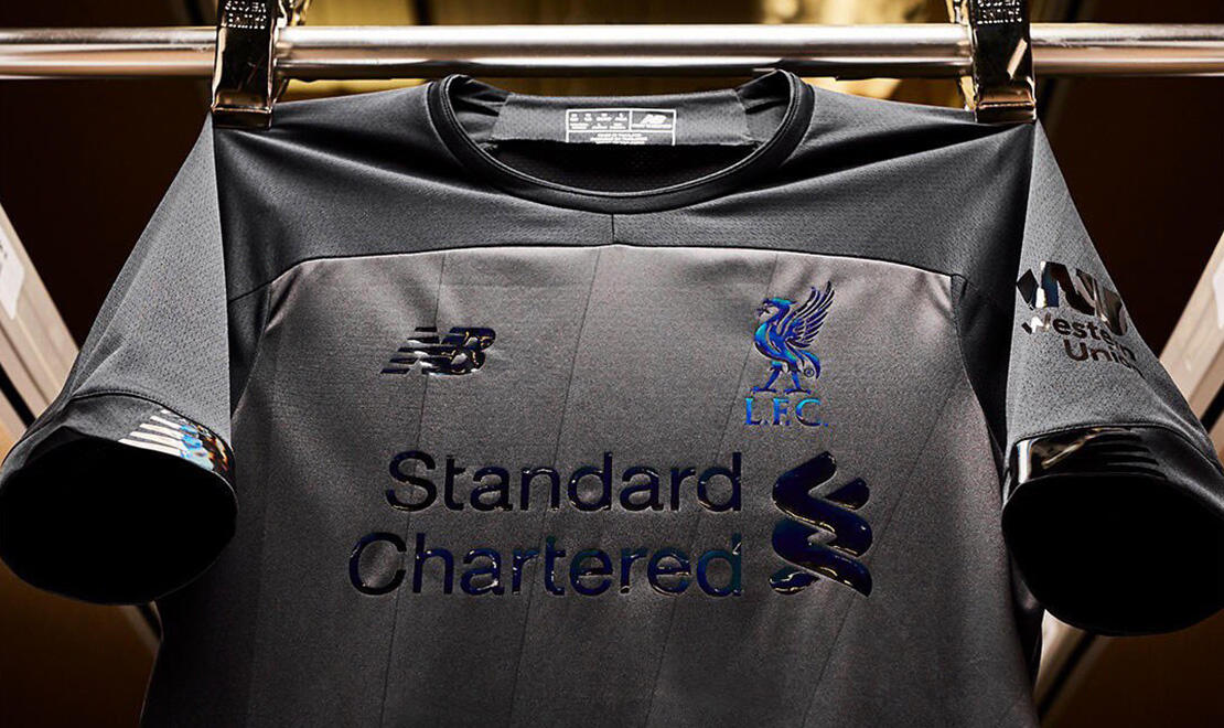 LFC x NEW BALANCE 2019/20 BLACKOUT JERSEY